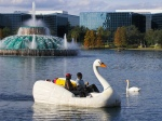 romantic-boat-ride-in-orlando-lake-eola-park