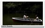 romantic-date-boat-ride