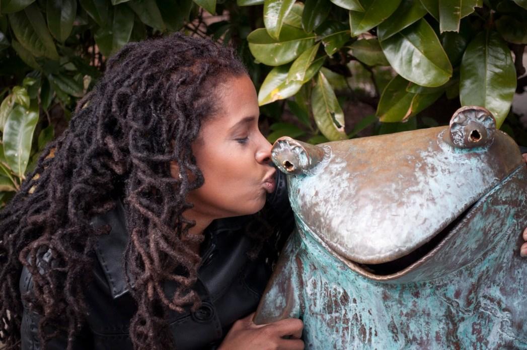 https://romanticideasinlife.files.wordpress.com/2013/01/kiss2ba2blot2bof2bfrogs.jpg?w=300